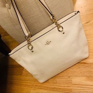 COACH white/ taupe shoulder bag